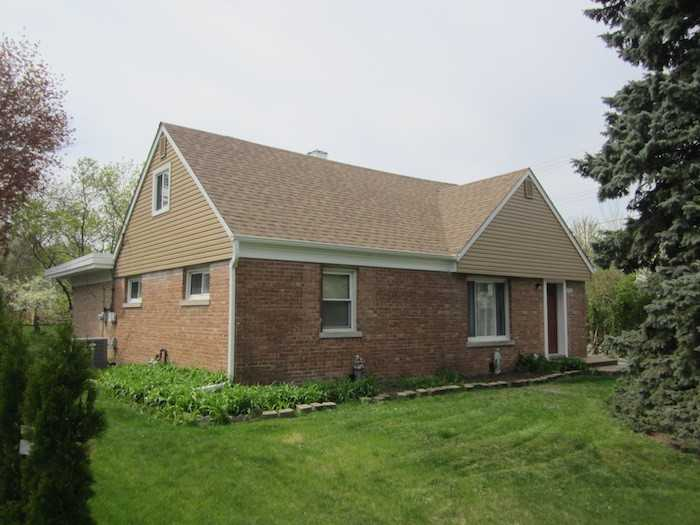 siding-roofing-contractors-roof-repair